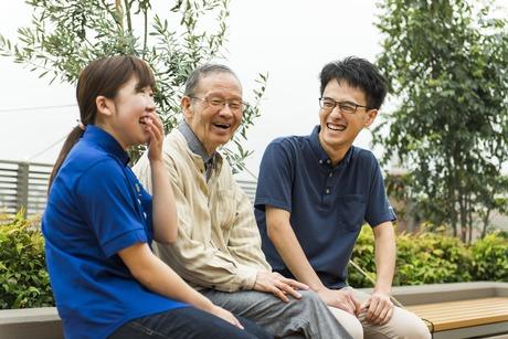 ユニットケア、個別ケアで寄り添った介護を目指している方は是非。東横線学芸大学駅徒歩6分で通勤も楽々