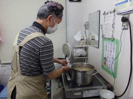 【盛付がメイン作業です】デイサービスの昼食準備のお仕事です。